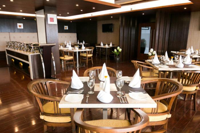 Le Poshe Restaurant